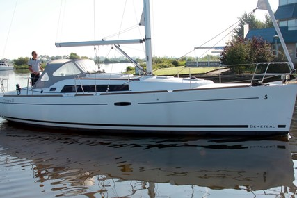 Beneteau Oceanis 37 for sale in Netherlands for €109,500 (£97,116)