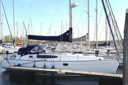 Jeanneau Sun Odyssey 32.2 for sale in Netherlands for €37,500 (£33,229)