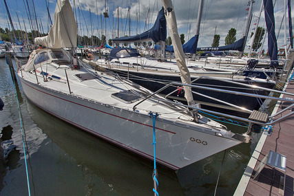 Dynamic 4000 for sale in Netherlands for €56,500 (£50,050)