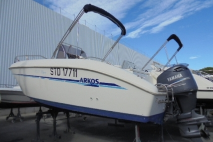 Arkos 637 for sale in France for €11,900 (£10,491)