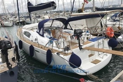 Beneteau Oceanis 43 for sale in Italy for €110,000 (£97,800)