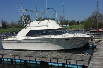 Silverton 31 for sale in United States of America for $16,000 (£12,136)