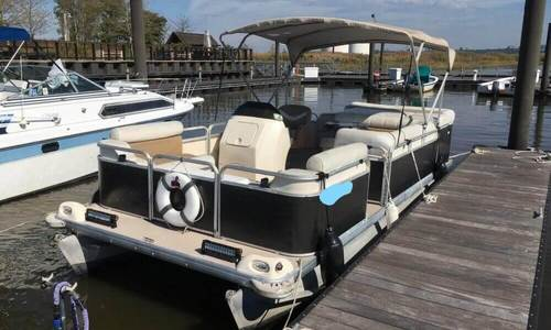 Image of Godfrey Pontoon Sweetwater 2019SC for sale in United States of America for $13,950 (£10,529) Carlstadt, New Jersey, United States of America