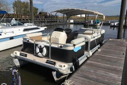 Godfrey Pontoon Sweetwater 2019SC for sale in United States of America for $13,950 (£10,555)