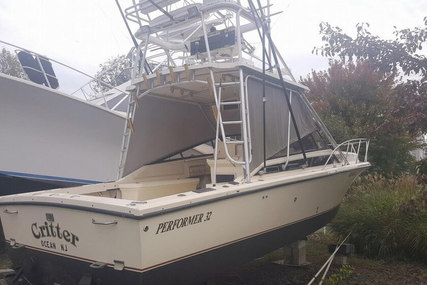 Performer 32 for sale in United States of America for $25,000 (£17,796)