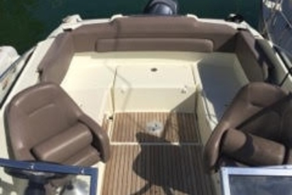 Jeanneau Cap Camarat 635 DC for sale in France for €22,500 (£19,836)