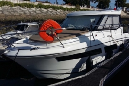 Jeanneau Merry Fisher 855 for sale in France for €85,000 (£75,885)