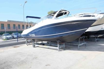 Jeanneau Cap Camarat 755 WA for sale in France for €37,000 (£33,034)