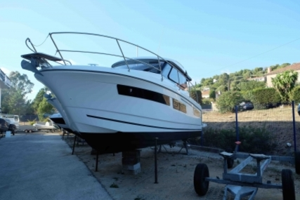 Jeanneau Merry Fisher 855 for sale in France for €97,000 (£86,603)