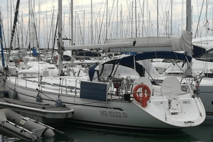 Bavaria 44 for sale in Italy for €68,000 (£60,943)