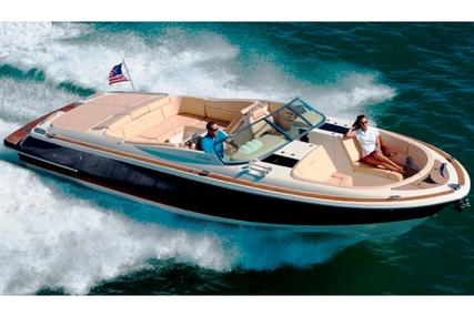 Chris-Craft Launch 32 for sale in United Arab Emirates for $180,000 (£128,850)