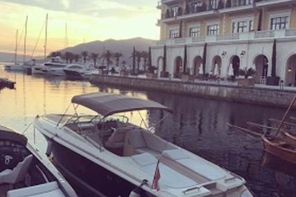 Chris-Craft Corsair 32 for sale in Montenegro for €199,000 (£177,661)