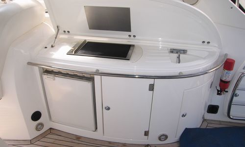 Image of Sunseeker Portofino 46 for sale in France for €229,000 (£200,685) Port Grimaud, , France