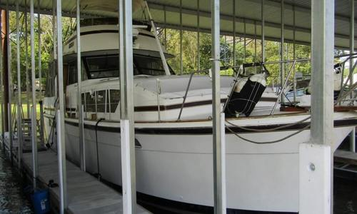 Image of Chris-Craft 410 Commander for sale in United States of America for $24,900 (£19,991) Little Rock, Arkansas, United States of America