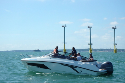 Finnmaster Used  T7 Day Cruiser with Yamaha F200HP Outboard Engine for sale in United Kingdom for £64,995