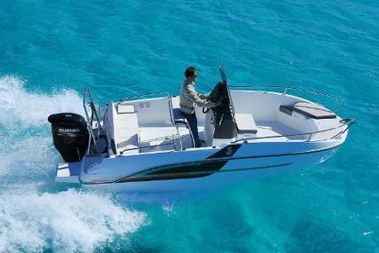 Beneteau Flyer 5.5 Spacedeck for sale in United Kingdom for £33,348