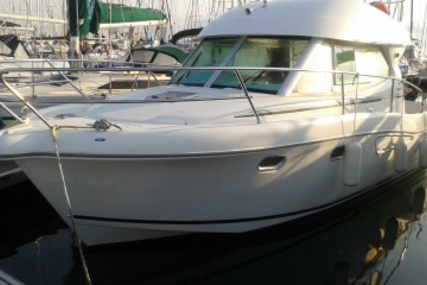 Jeanneau Merry Fisher 925 for sale in France for €47,000 (£41,435)