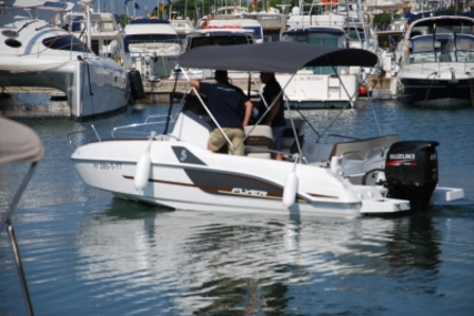 Beneteau Flyer 5.5 Sundeck for sale in Spain for €37,078 (£33,230)