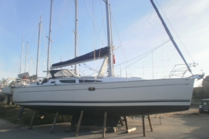 Jeanneau SUN ODYSSEY 35 LIFTING KEEL for sale in France for €63,000 (£56,247)