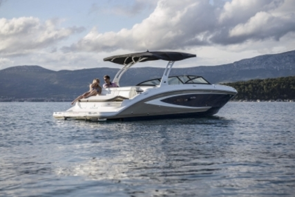 Sea Ray 270 SLX for sale in Ireland for €123,500 (£110,683)