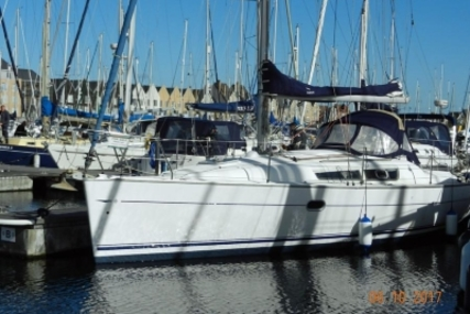 Jeanneau Sun Odyssey 32i Lifting Keel for sale in United Kingdom for £34,950