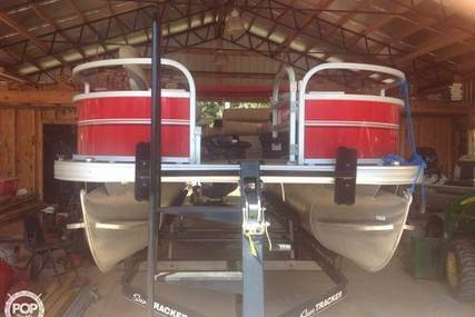 Sun Tracker Fishing Bass Buggy 18 DLX for sale in United States of America for $19,900 (£15,079)