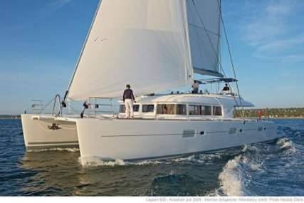 Lagoon 620 for sale in Portugal for €1,750,000 (£1,560,842)