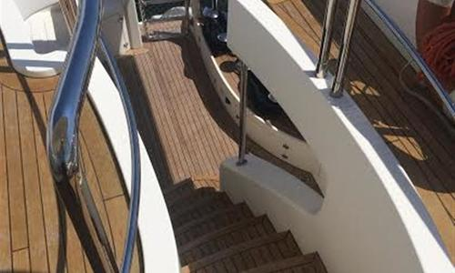Image of Azimut 105 for sale in Spain for €3,500,000 (£3,110,144) Spain