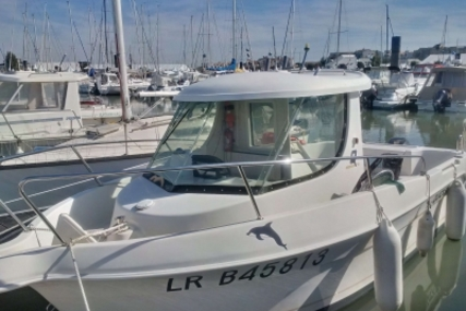 Quicksilver 620 Pilothouse for sale in France for €9,000 (£8,028)