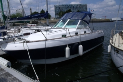 Beneteau Ombrine 801 for sale in France for €29,900 (£26,695)