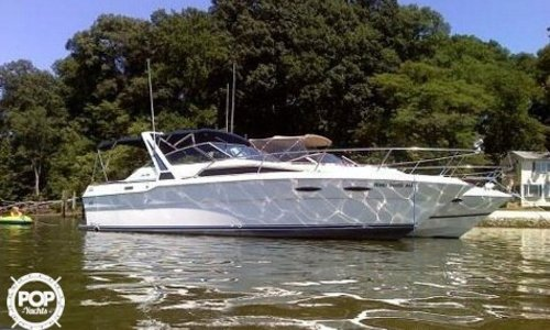 Image of Sea Ray 300 Weekender for sale in United States of America for $12,500 (£8,898) Saint Joseph, Michigan, United States of America