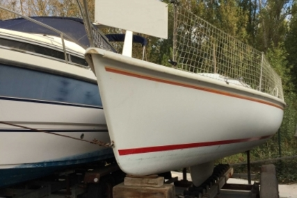 Beneteau First Class 7 for sale in France for €4,000 (£3,535)