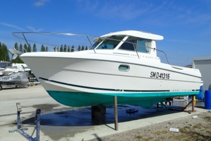 Jeanneau Merry Fisher 695 for sale in France for €27,500 (£24,390)