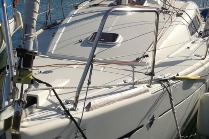 Jeanneau Sun Odyssey 30 I Lifting Keel for sale in France for €49,000 (£43,064)