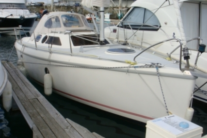 Etap Yachting 26 for sale in France for €23,500 (£20,585)