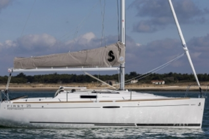 Beneteau First 25 for sale in France for €64,000 (£56,135)
