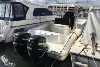 Boston Whaler 320 Outrage for sale in France for €118,000 (£104,368)