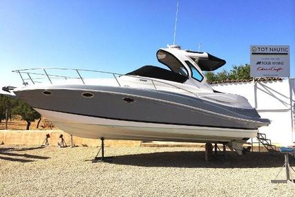 Four Winns V335 for sale in Spain for €149,000 (£132,895)
