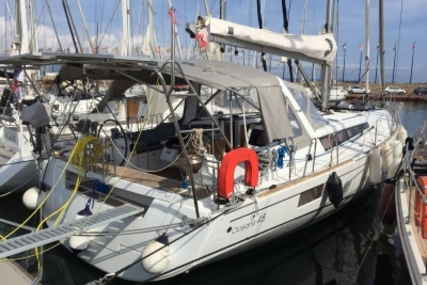 Beneteau Oceanis 48 for sale in France for €298,000 (£267,456)
