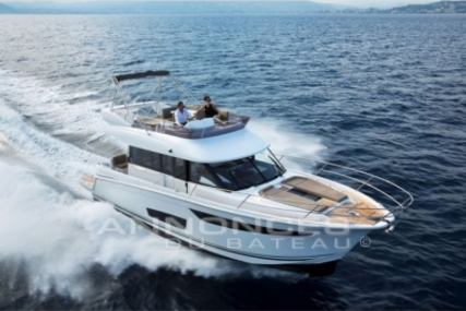 Jeanneau Velasco 43 for sale in France for €345,000 (£308,543)