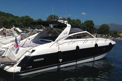 Princess V42 for sale in France for €109,000 (£97,828)