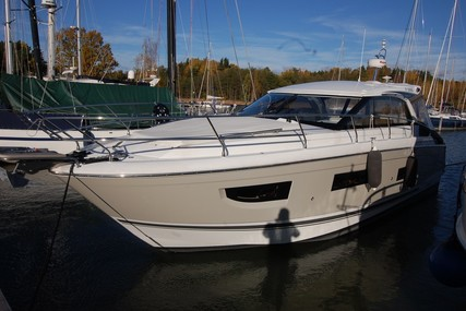 Jeanneau Leader 40 for sale in Finland for €360,000 (£319,333)