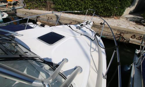 Image of Boston Whaler 305 Conquest for sale in France for €89,000 (£77,806) Grimaud, , France