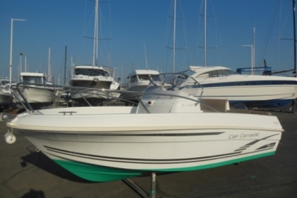 Jeanneau Cap Camarat 5.1 CC for sale in France for €10,500 (£9,264)