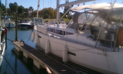 Image of Jeanneau Sun Odyssey 409 for sale in France for €142,500 (£121,896) LE CAP D'AGDE, France
