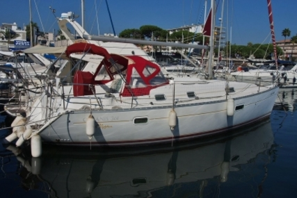 Beneteau Oceanis 361 Clipper for sale in France for €54,000 (£47,487)