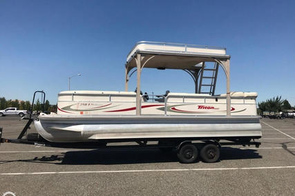 Triton 250T Platinum for sale in United States of America for $28,900 (£21,691)