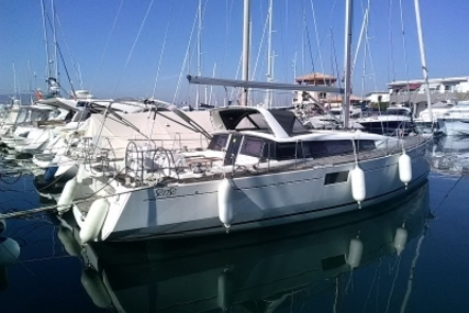 Beneteau Sense 43 for sale in France for €190,000 (£167,532)