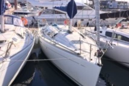 Beneteau First 33.7 for sale in France for €37,000 (£33,034)