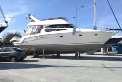 Prestige 440 for sale in France for €249,000 (£222,300)